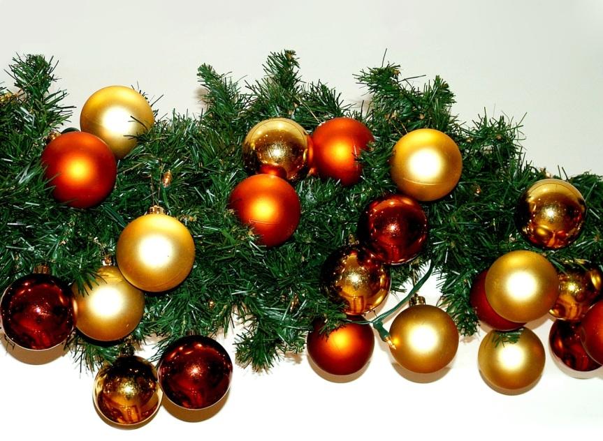 xmas-decoration-1383424-1279x1183